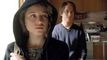 Margarita Levieva and Justin Chatwin in Hollywood Pictures' The Invisible - 2006